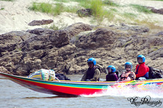 Speed Boat Loas Mekong (Arnaud_Tizano) Tags: speed river boat mekong