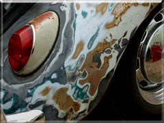 08.18.12 Shabby VW IV (MDawny72) Tags: vw bug washington rust paint beetle tacoma custom effect volkswagon lemay