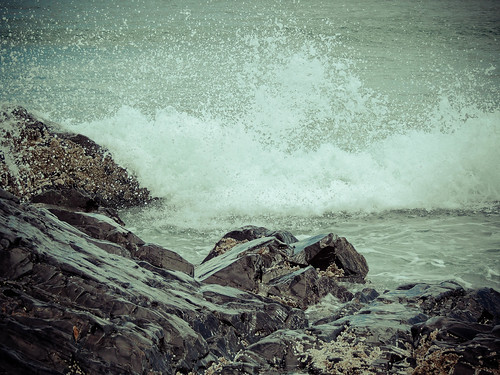 I love the sound of waves crashing