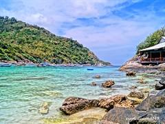 Landing Racha Island  (tropicalisland045) Tags: sea beach thailand southeastasia tropical raya  hdr racha     rayaisland  rachaisland