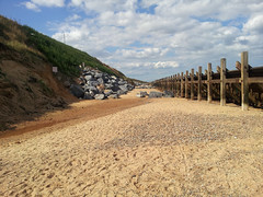 Exposed Timber revetments and cliff repair, Hopton-on-sea, Norfolk (EZTD) Tags: sea summer england beach coast day foto cloudy photos norfolk photographs northsea fotos coastline greatyarmouth gorleston s2 sii waveaction hopton fotograaf longshoredrift revetments coastalerosion 2013 ukcoast hoptononsea eztd eztdphotography eastportuk samsunggalaxys2 photograaf coastalseadefences timberrevetment aggravatedmanmadecoastalerosion outerport