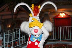 Roger Rabbit (heytherejere) Tags: disneyland disney rogerrabbit toontown disneycharacters disneycastmembers disneyparks mickeyshalloweenparty