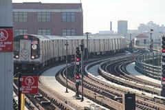 IMG_6772 (GojiMet86) Tags: new york city nyc subway mta avenue 2008 39 8904 9000 bmt 39th 8905 8999 9001 8906 8907 8998 9002 8903 r160b