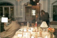 Gren (Juliet Alpha November) Tags: street city green film window shop analog self denmark mirror town store jan candid fenster spiegel laden filter 200 stadt antiques analogue dnemark danmark antiquitten selfie schnappschuss rossmann strase meifert grnfilter