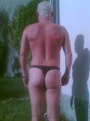 black thong # 2 (trapez) Tags: boy man black sexy beautiful shiny body thong string mann schwarz spandex tanga geil schn glnzend glanz