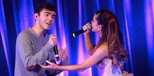 Ariana Grande Nathan Sykes fan photo