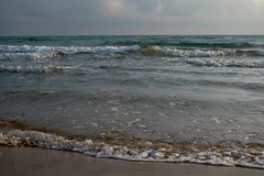 Marina di Modica (saviopixel) Tags: marina mare cielo spiaggia onde sabbia schiuma flickrandroidapp:filter=none