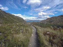 Llegando al lago Pehoe (macsbruj) Tags: chile patagonia naturaleza america trekk