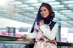 DSC00113 (balloonatic photography) Tags: beauty fashion canon indonesia square photography town model sony hijab 55mm potrait ssc fd f12 bagus balloonatic depok 55mmf12 permana canonfd55mmf12ssc emount nex7 balloonaticphotography baguspermana
