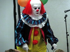 """Pennywise from """"IT"""" at the HORRORHOUND in Indy. (kennethkonica) Tags: costumes red people usa white colors yellow america canon balloons fun scary midwest random indianapolis clown culture vivid indy indiana indoor it creepy spooky event horror persons stephenking pennywise global hoosiers canonpowershot marioncounty costumecontest horrorhound horrorhoundcostumecontest"""