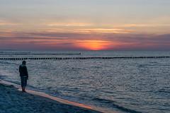 TH20160506A608495 (fotografie-heinrich) Tags: strand sonnenuntergang himmel ostsee zingst buhnen stdteortschaften