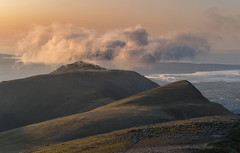 'Carnedd-Y-Filiast Cloudscape' - Snowdonia (Kristofer Williams) Tags: sunset cloud sunlight mountains wales landscape coast outdoor hiking summit peaks snowdonia cloudscape hillwalking anglesey ygarn carneddyfiliast foelgoch