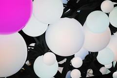 Ballon (apta_2050) Tags: lighting newyork festive design globe soft cityscape manhattan balloon illumination midtownmanhattan