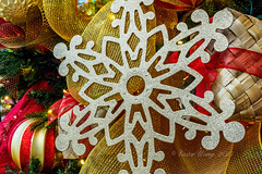 Christmas decoration assortment (Victor Wong (sfe-co2)) Tags: snowflake christmas xmas red white holiday color macro tree art closeup ball festive star design december pattern graphic symbol decorative seasonal decoration icon celebration ornament sphere elements bow round icicle hanging ribbon merry shape netting decor bauble icecrystal