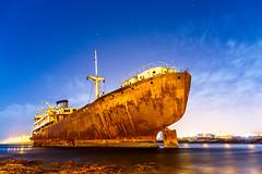 Telamon (Eduardo Rodrguez de Velasco) Tags: night puerto temple noche mar hall barco ship lanzarote shipwreck naufragio xido telamon