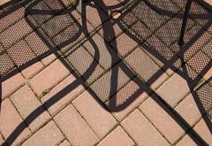 Cherry Valley, Ont (monilague) Tags: auto ontario car truck cherry garage hangar camion valley texaco chaise abandonned batiment mgb cahir abandonn bardeau