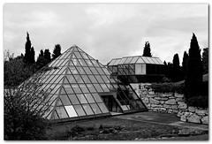 La Pyramide d'Avignon (bong.13) Tags: urban blackandwhite france architecture noiretblanc provence avignon graphisme graphique agroparc sonyrx100