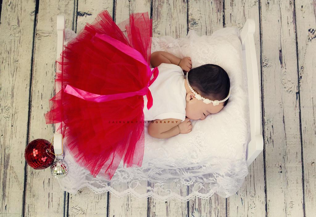 Princess baby zaina faraola tags princess baby photography canon 60d red floral