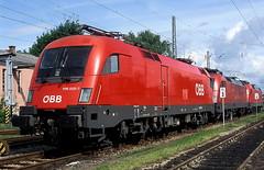 1116 020  Ingolstadt  26.05.06 (w. + h. brutzer) Tags: analog train austria sterreich nikon eisenbahn railway zug trains locomotive taurus bb lokomotive ingolstadt elok 1116 eisenbahnen eloks webru