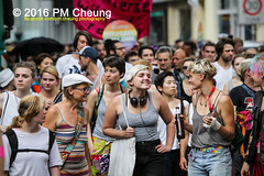 X*CSD 2016 - Yalla auf die Strae! Queer bleibt radikal! / Yalla to the streets  queer stays radical!  25.06.2016  Berlin - IMG_5559 (PM Cheung) Tags: kreuzberg refugees parade demonstration queer polizei so36 csd neuklln 2016 christopherstreetday ausbeutung heinrichplatz flchtlinge rassismus sexismus homophobie xcsd diskriminierung oranienplatz transgenialercsd csdberlin m99 heteronormativitt tcsd berlincsd lgbtqi gentrifizierung oplatz pmcheung csdkreuzberg pomengcheung sdblock facebookcompmcheungphotography gerharthauptmannrealschule transgendern eincsdinkreuzberg mengcheungpo friedel54 yallaaufdiestrasequeerbleibtradikal kreuzbergercsd2016 yallatothestreetsqueerstaysradical christopherstreetday2016 euro2016fussballem 25062016