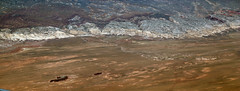 2016_06_02_lax-ewr_453 (dsearls) Tags: river utah flying desert aviation united country canyon aerial erosion rivers geology ual canyons arid aerialphotography jurassic stratigraphy unitedairlines windowseat windowshot weathering 20160602