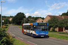 34591, Shackleton Drive (Jason 87030) Tags: road morning blue houses sky bus green weather flickr estate view image pointer tag transport northamptonshire sunny pic scene 11 route dennis eleven dart northants stagecoach daventry slf longbuckby kp04gzl shackletondrive ashbyfields