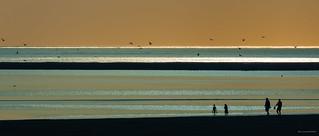 Scène de plage (09) - Au soleil couchant