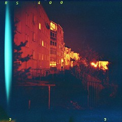 (tomasgans) Tags: red night diana redscale
