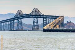 San Francisco (Edi Bhler) Tags: bridge lagune mountain nature berg bay natur structure waters sanfranciscobay brcke bauwerk fachwerk gewsser 28300mmf3556 nikond800 pendelpfeilerbrcke pillarbridge