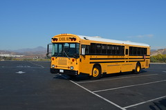 B&GCof 14 - CDSC_5678 (crown426) Tags: california valencia magicmountain bluebird schoolbus tc2000 tcre boysandgirlsclubofcarlsbad