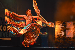 Stop N' Dance (laurw) Tags: colors teatro dance movement theater movimiento arabic arab presentation presentacion baile danzaarabe