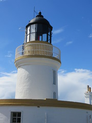 Le phare, Cromarty, pninsule de Black Isle, Ross and Cromarty, Highland, Ecosse, Grande-Bretagne, Royaume-Uni. (byb64 (en voyage jusqu'au 09-10)) Tags: uk greatbritain lighthouse faro scotland europa europe unitedkingdom eu escocia highland loch cromarty phare leuchtturm blackisle ue firth schottland ecosse rossandcromarty burgh scozia grossbritanien cromartyfirth granbretana grandebretagne royalburgh caolaschrombaidh cromba thesuttors