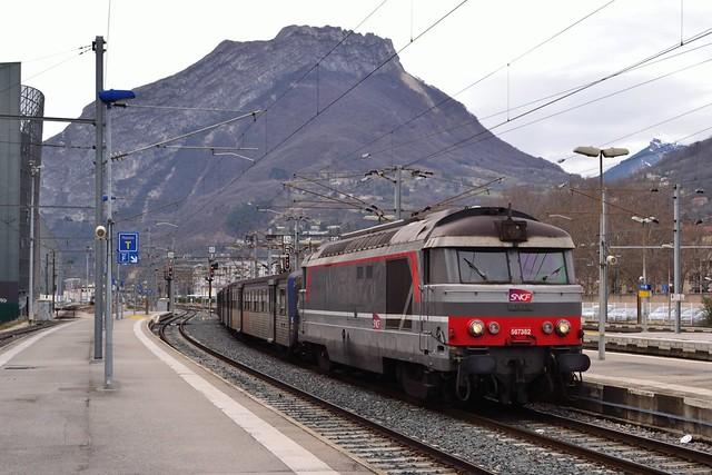 SNCF BB67382 + RRR S te Grenoble