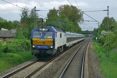 P1600489 (Lumixfan68) Tags: me de 26 eisenbahn mak nob züge loks 2700 baureihe nordostseebahn marschbahn dieselloks sechsachser