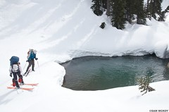 DSC_3097 (sammckoy.com) Tags: expedition spring skiing britishcolumbia glacier pemberton manateerange voc coastmountains skimountaineering wildplaces lillooeticefield mckoy skitraverse chilkolake sammckoy stanleysmithdivide samckoy samuelmckoy