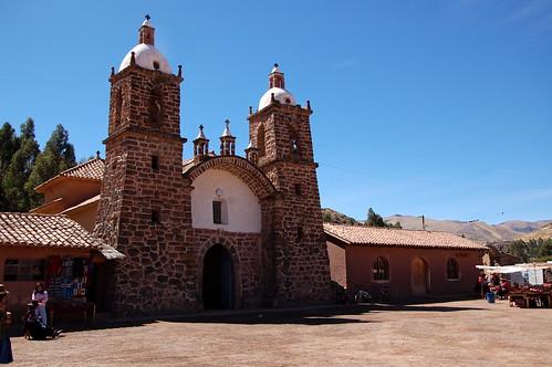 "Peru - ruiny Inków Pachacutec w Raqchi <a style=""margin-left:10px; font-size:0.8em;"" href=""http://www.flickr.com/photos/125852101@N02/16541244035/"" target=""_blank"">@flickr</a>"