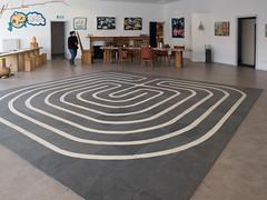 Galerie Het oude postkantoor Delfzijl (Jeroen Hillenga) Tags: art kunst galerie delfzijl groningen labirinth labyrint hetoudepostkantoor