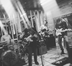 Duncan Fellows #duncanfellows #sofarsounds #sofar #lonestarbeer (shanewhitefield@att.net) Tags: moon square squareformat iphoneography instagramapp uploaded:by=instagram