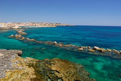 RU_201605_Sicile_047.jpg (boleroplus) Tags: italy mer horizontal it paysage plage sicilia siracusa