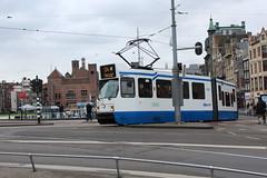 Amsterdam tram line 24 (Davydutchy) Tags: holland netherlands station amsterdam march ns trolley capital nederland tram line 24 streetcar prinshendrikkade paysbas centralstation niederlande centraal gvb damrak lijn stationsplein 2016 833