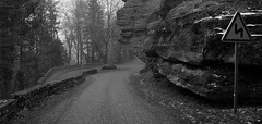 Sharp curve / les kanyar (Anoplius) Tags: road cliff france rock nikon frankreich strasse monastery alsace stein mont elsass kurve sainteodile franciaorszg szikla elzsz anoplius d5100