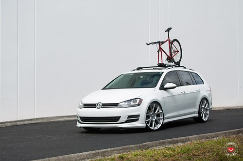 Volkswagen Golf SportWagon on Vossen Wheels