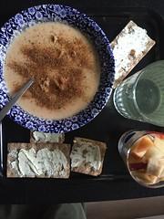 Krger'n tipsar 17/5 (Atomeyes) Tags: mat vatten citron fisk ost knckebrd krydda soppa frskost fruktsallad