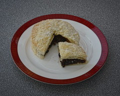 Eccles Cake (JEFF CARR IMAGES) Tags: food northwestengland