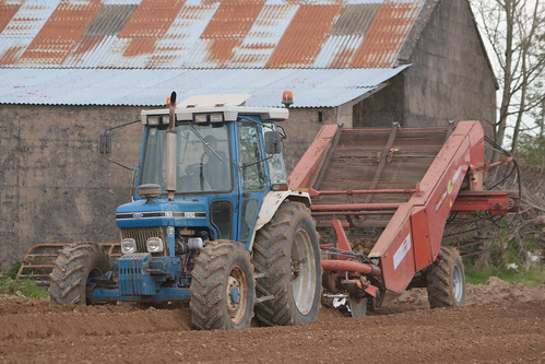 Ford 7810 Tractor with a Grimme Combi- Star Destoner