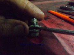 Mastermanship 4 by Shervin Asemani (32) (SheRviNRRR) Tags: screwdriver removing siliconed drain plug washer gasket