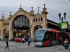 Zaragoza, Plaza Lanuza (thierry llansades) Tags: plaza pilar train catedral tram zaragoza espana pollution aragon pont ebro espagne tramway marche usine espagna mercat industriel ebre aljaferia saragosse arago laaljaferia palaciolaaljaferia