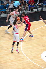 IMG_6132 (seba82) Tags: canon basket pallacanestro olimpiamilano grissinbon pallacanestroreggiana eos5dmkii seba82 sebastanosalati sebastianosalatigmailcom wwwsebastianosalatiit emporioarmanai