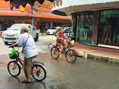 Chanthaburi, Thailand (Quench Your Eyes) Tags: travel bicycle thailand asia southeastasia cyclist thai citycenter biketour bicycleshop chanthaburi elderlycyclists mechanicas