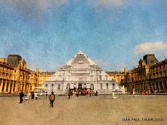 Pyramides selon JR (JEAN PAUL TALIMI) Tags: paris france louvre jr du muse ciel nuages rue pyramide musedulouvre personnages exterieur talimi